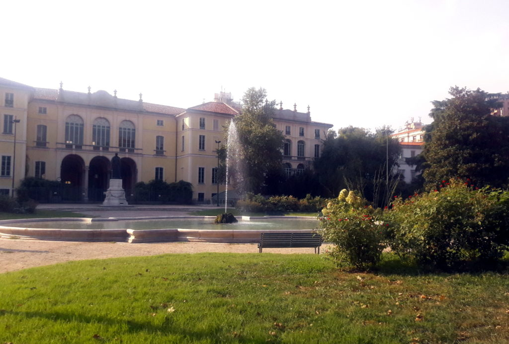 obiective turistice din milano palazzo dugnani