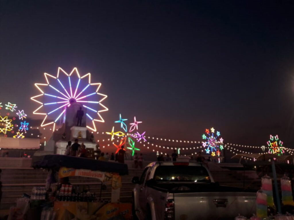 festivalul phra samut chedi thailanda