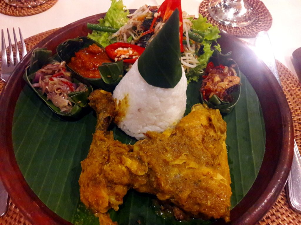 mancare balineza bhuwana ubud hotel