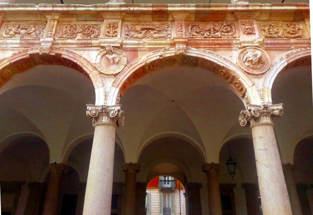 ca granda universitatea din milano
