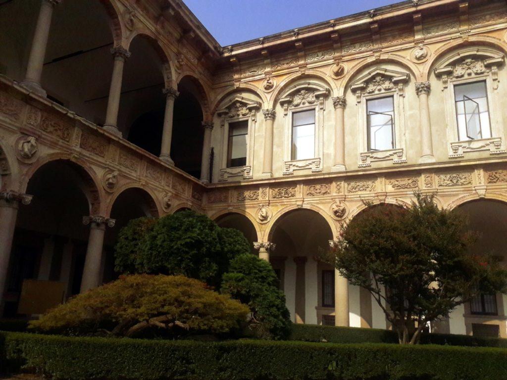 ca granda universitatea milano