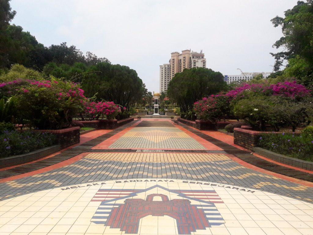 forbbiden garden melaka sultanate museum