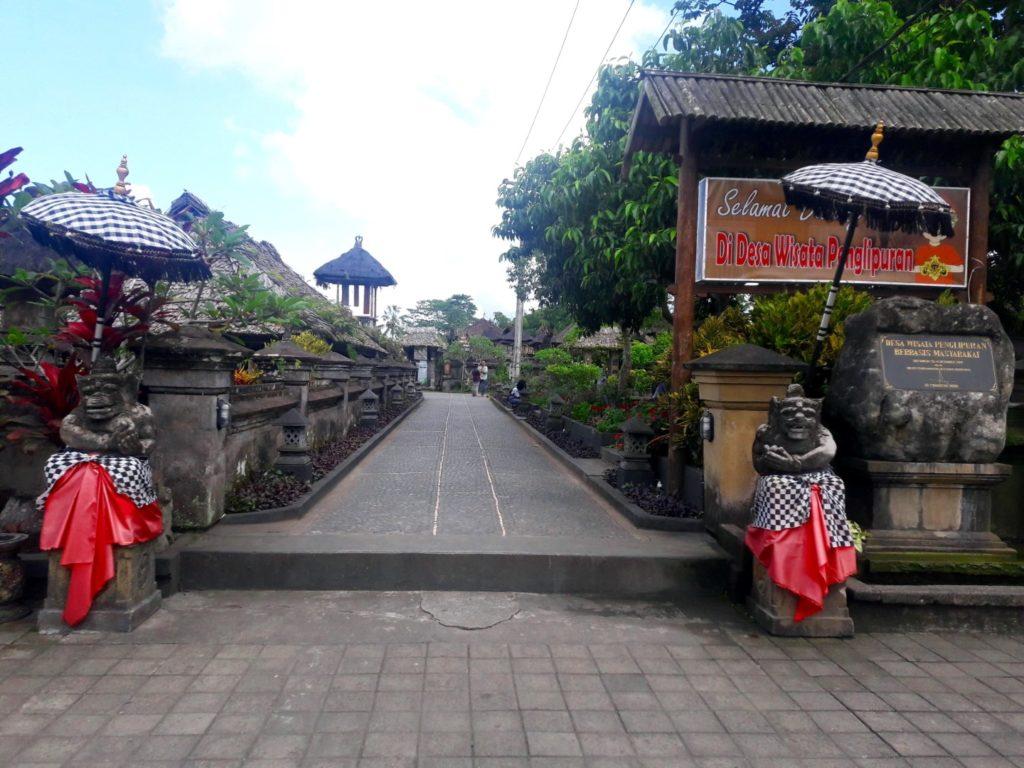 satul traditional baliaga penglipuran intrare